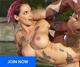 Anna Bell Peaks at PornFidelity.com